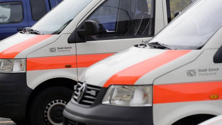 Die Stadpolizei Zürich war mit einem Grossangebot bei der besetzten Abbruchliegenschaft vor Ort. (Symbolbild)