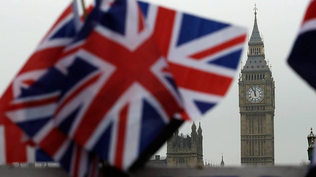 Heftiger Streit um Brexit-Handelspakt: Muskelspiele oder No Deal?