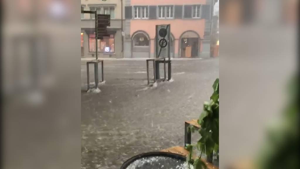 Kräftiger Hagel und grosse Regenmengen