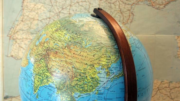 Über die ganze Welt verstreut, haben sich Schweizerinnen und Schweizer im Ausland eine neue Existenz aufgebaut.