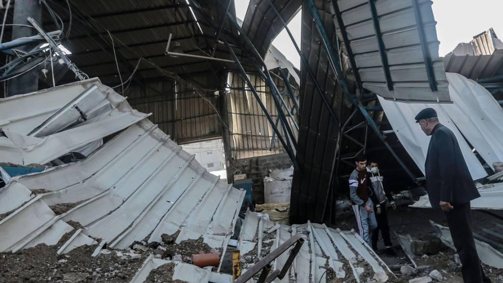 Nach Angriff aus Gazastreifen: Israel greift Hamas-Ziele an