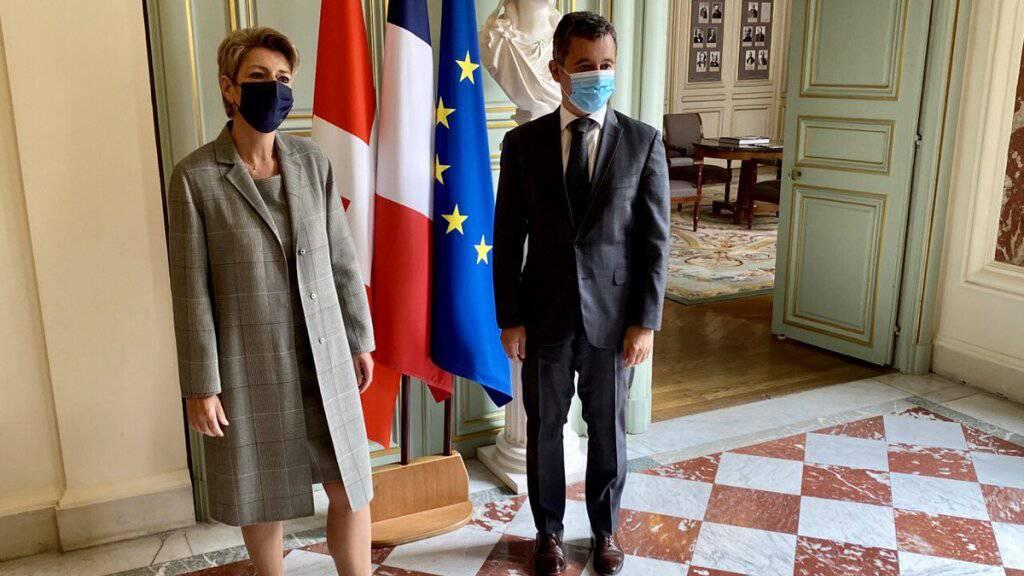 Bundesrätin Keller-Sutter: Schweiz unterstützt EU-Migrationspakt