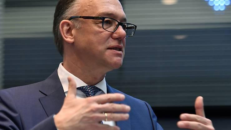Corona-Pandemie: Kühne+Nagel-Chef Detlef Trefzger spricht von einer immensen globalen Herausforderung. (Archivbild)