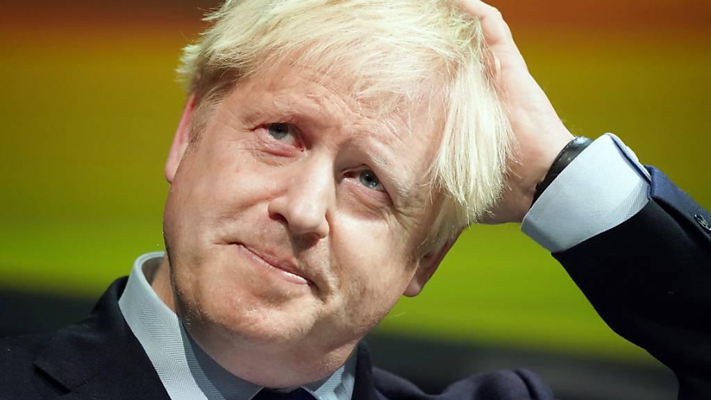 In Grossbritannien hat sich erneut ein Parteimitglied von Boris Johnson abgewendet. (Archivbild)
