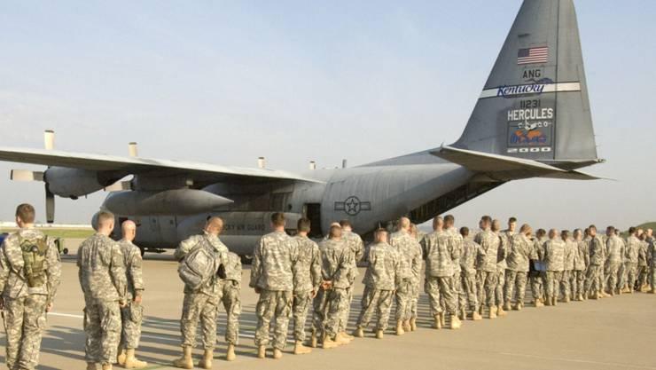 Hilfe für Trump: Der US-Staat Arizona will Dutzende Angehörige der Nationalgarde an die Grenze zu Mexiko entsenden. (Symbolbild)