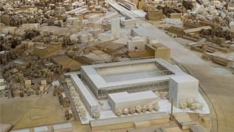 Im Modell der Stadt Aarau im Estrich des Rathauses steht es schon: das neue Fussballstadion.