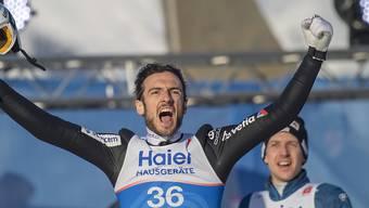 Geschafft! Killian Peier lässt nach dem Gewinn von WM-Bronze den Emotionen freien Lauf.