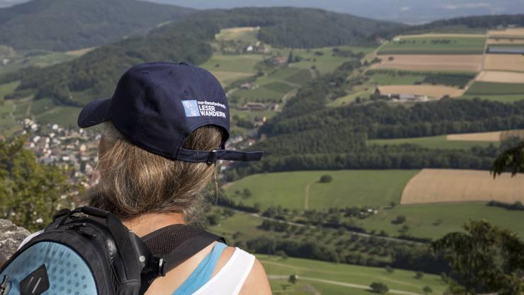 Burgen hatten und haben immer die besten Aussichten: Leserwanderung von Hemmiken BL auf die Sissacherfluh, Ausblick von der Ruine Farnsburg