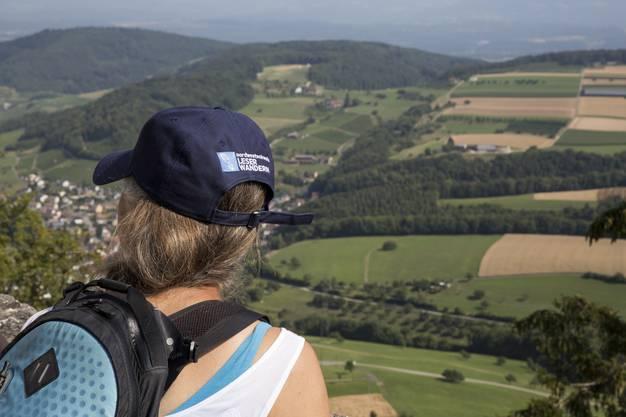 Leserwanderung von Hemmiken BL auf die Sissacherfluh, Ausblick von der Ruine Farnsburg