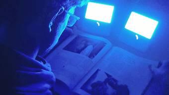 Blaues Licht erhöht bei Sportlern am Abend die Leistung im Endspurt, wie die Universität Basel ermittelte.