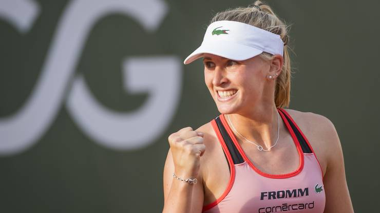 Vor einem halben Jahr war Jil Teichmann noch die Nummer 175 der Welt. Danach gewann sie in Prag und in Palermo ihre ersten Titel, beide auf Sand. 25 der 31 Siege 2019 feierte sie auf ihrem Lieblingsbelag. Weniger wohl fühlt sich die 22-Jährige auf Hartplätzen. In Cincinnati und in der Bronx verlor sie in der ersten Runde. Immerhin: 2018 stand Teichmann bei den US Open erstmals im Hauptfeld eines Major-Turniers und feierte den bisher einzigen Sieg. Ihre Gegnerin ist die Belgierin Elise Mertens (WTA 26).