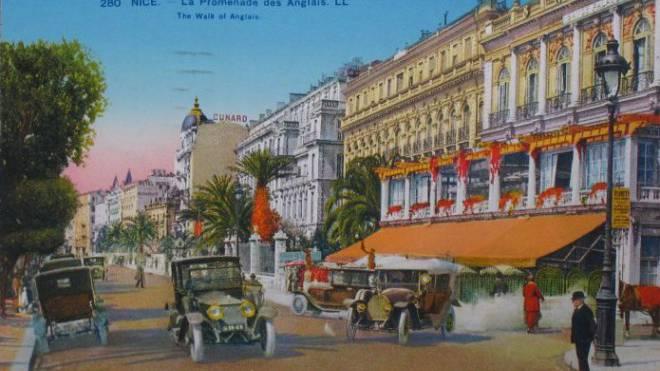 Alle konnten sich hier weltoffen und ein bisschen extravagant fühlen: La Promenade des Anglais in Nizza. Foto: ETH-Bibliothek Zürich