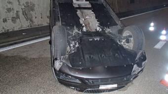 Auto überschlug sich nach Kollision im Baregg-Tunnel