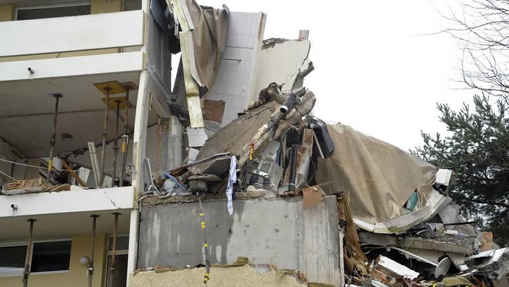 Das Mehrfamilienhaus in Pratteln war nach dem Unfall total beschädigt