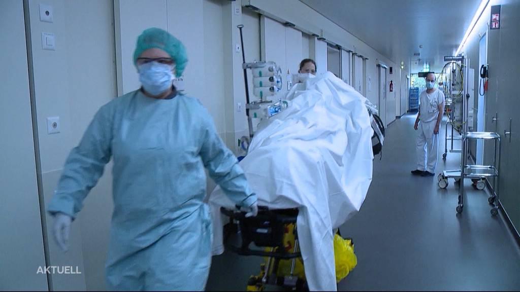 Alarm beim Bund: Spitäler werden in zwei Wochen überlastet sein