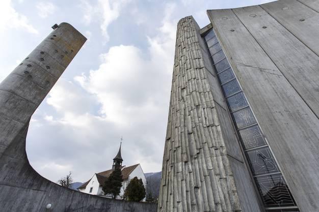 Heinz Isler hat den Bau entworfen, Roland Hanselmann war der Architekt