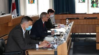 Studienleiter Markus Lamprecht, Sportamtleiter Thomas Beugger und die Baselbieter Sportdirektorin Monica Gschwind stellen im Landratssaal in Liestal die Ergebnisse der Sportstudie 2020 vor. Die meisten Ergebnisse sind überaus erfreulich.