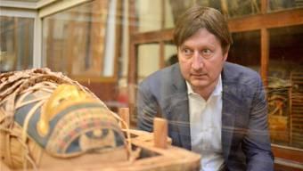 Zürcher Uniprofessor Frank Rühli untersucht Mumien