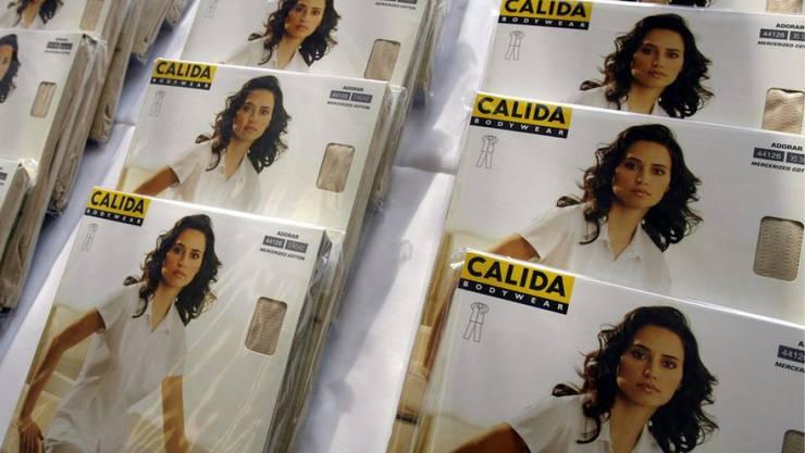 Calida wandelt sich von der schweizerischen Wäscheherstellerin zur international aufgestellten Gruppe mit unabhängigen Marken in der Luxus-Lingerie, Outdoorbekleidung und bei Gartenmöbeln.  doch daran hat das Unternehmen schwer zu schlucken.(Archiv)