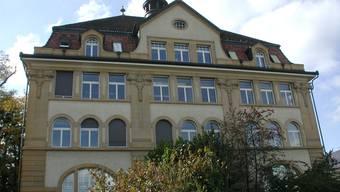 Hôtel-de-Ville: Chefbeamte sollen künftig nicht mehr stempeln.