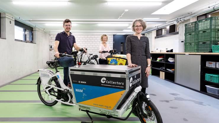 Philipp Keel, Bettina Eglin und Karin Stoop im Neuen Collectors-Anbau