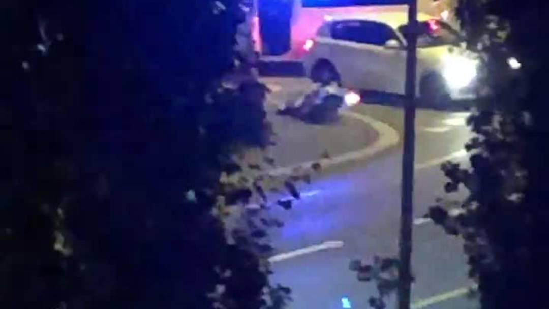 Schlieren:  Motorradfahrer verunfallt nach Verfolgungsjagd