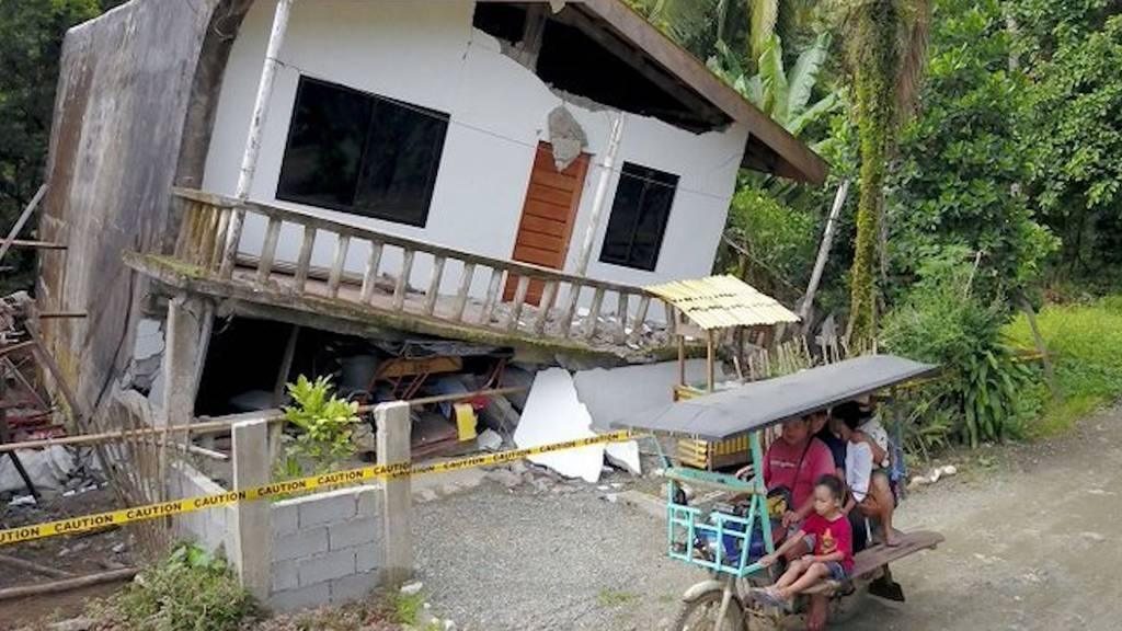 Erdbeben der Stärk 6,6 erschüttert Philippinen