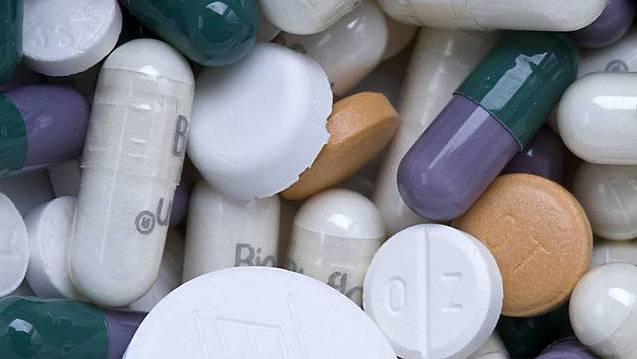 Heimbewohner über 65 schlucken im Schnitt neun verschiedene Medikamente parallel.