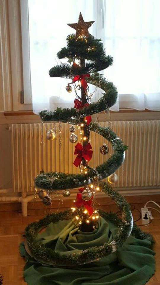 Mal ganz was anderes, der futuristische Christbaum von Selina