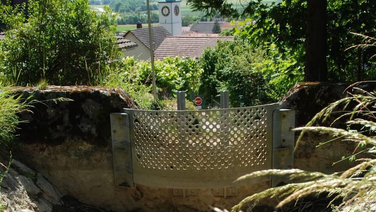 Der Kiessammler des Bärenbachs oberhalb des Burgwegs. Wenig unterhalb davon soll das Wasser in eine Reinwasserleitung gelangen.
