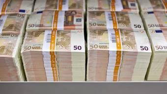 Deutschland hat an den Milliardenhilfen für Griechenland kräftig verdient: Das Land hat seit 2010 insgesamt mindestens 2,9 Milliarden Euro an Zinsgewinnen kassiert. (Symbolbild)