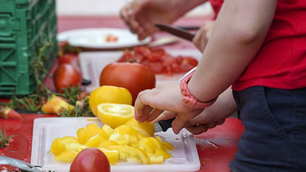 Auf dem ganzen Festgelände standen Tomaten in allen Variationen zum Probieren bereit.