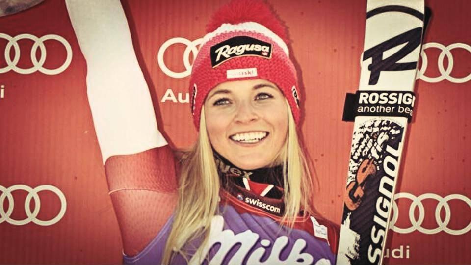 Lara Gut in Cortina auf dem Podest