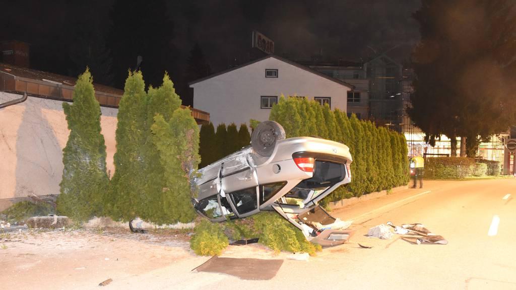 Betrunkener 16-Jähriger klaut Auto der Eltern und verunfallt
