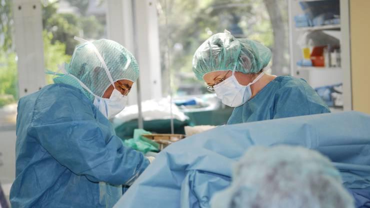 Auch im Medizinischen Zentrum Brugg wurde emsig operiert