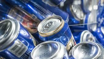 Würde Bier mehr kosten, würden weniger Junge zur Dose greifen (Symbolbild)