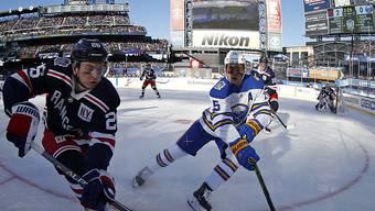Die New York Rangers (links mit Jimmy Vesey) gewinnen die Winter Classic in der NHL gegen die Buffalo Sabres