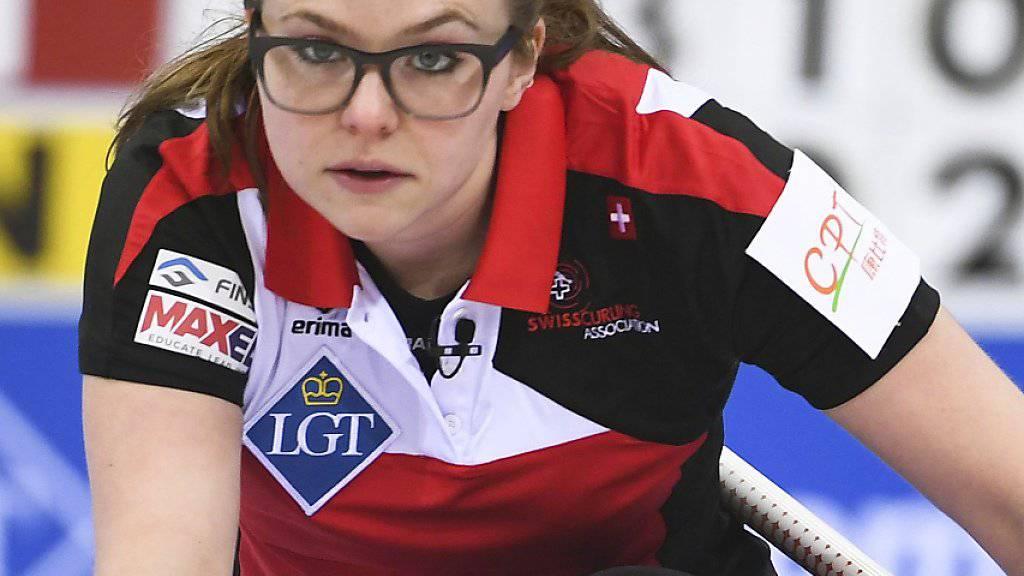 Alina Pätz (Bild) spielt jetzt für ihre frühere Rivalin Silvana Tirinzoni