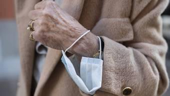 Auch im Seniorenzentrum «Im Morgen» in Weiningen herrscht strikte Maskenpflicht. (Symbolbild)