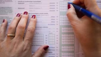 Grossverdiener könnten bis 100 Prozent mehr Steuern zahlen. (Symbolbild)