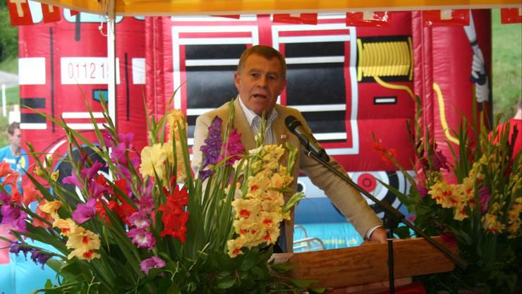 Ernst Stocker bei seiner Rede zur 1. August-Feier in Weiningen.