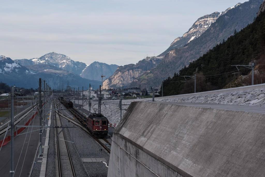 2016: 1500-Meter-Güterzug bei Inbetriebsetzung (© Alptransit)