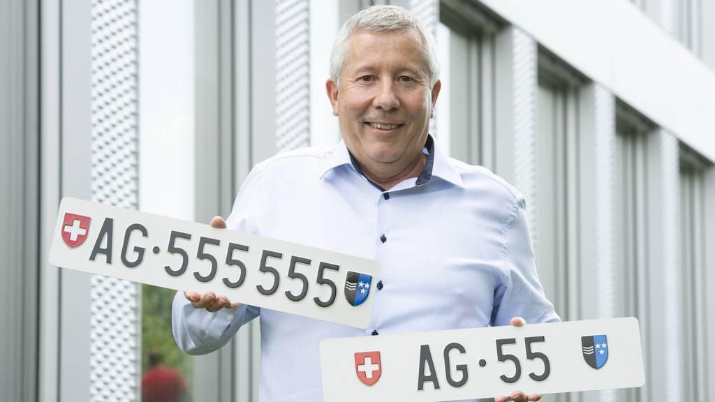 AG 55 ist unter acht teuersten Schweizer Kontrollschildern