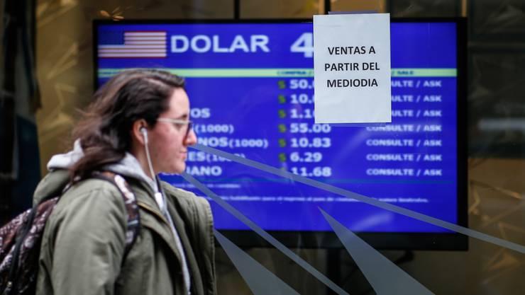 Die Regierung in Argentinien will sich mit drastischen Massnahmen gegen den Zerfall der Landeswährung Peso stemmen. (Archivbild)