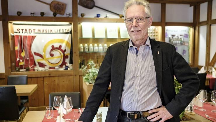 Peter Riebli (im Restaurant Stadtmühle in Liestal) verzichtet aus Solidarität nicht ganz auf Beizen-Besuche.