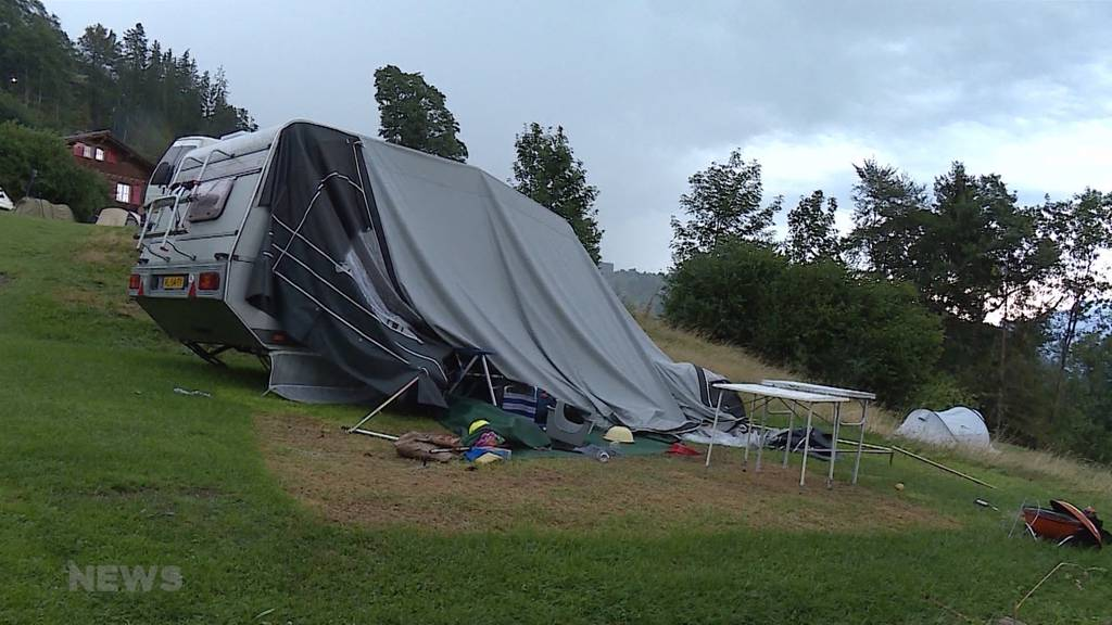 Beatenberg: Unwetter verwüstet Campingplatz