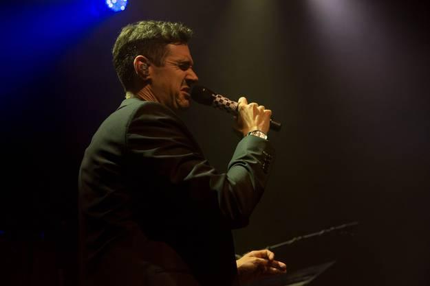 Sänger Seven spielt mit seiner Stimme.