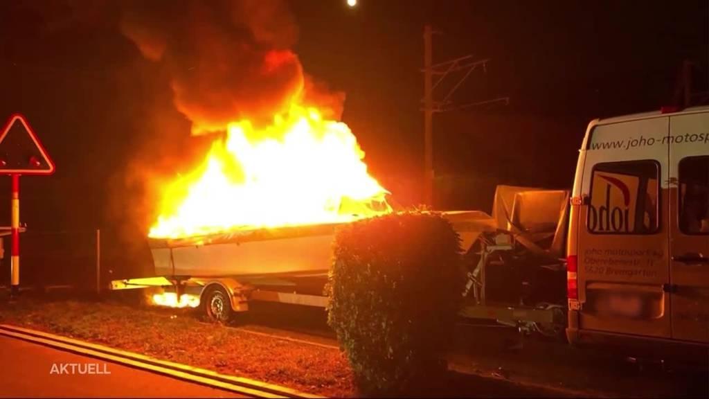 """Boot in Bremgarten ausgebrannt: """"Es gab keine Verletzte"""""""