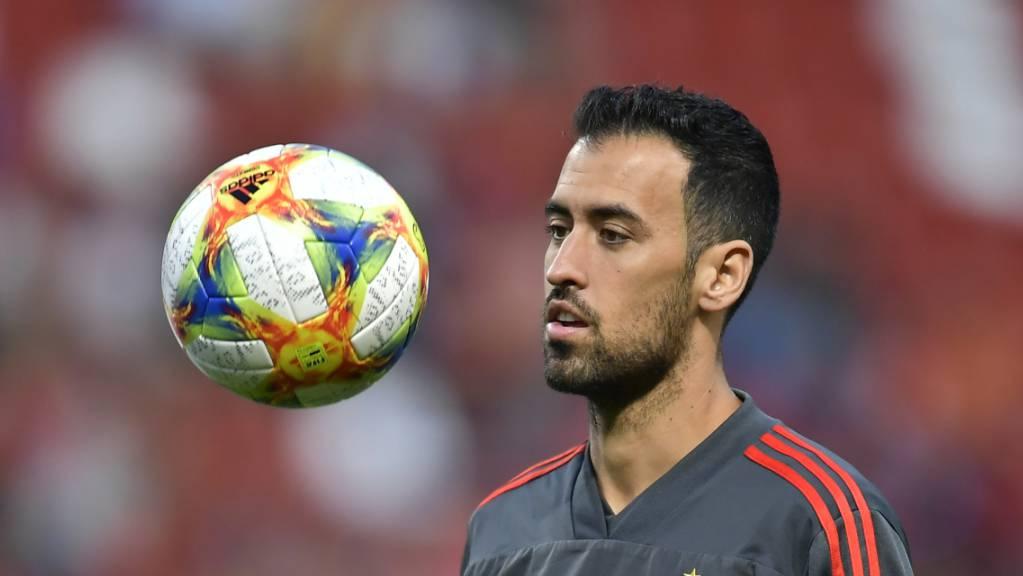 Sergio Busquets befindet sich noch in der Isolation und fällt für die Partie gegen Schweden aus.