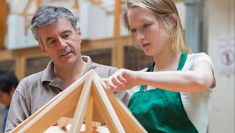 Ein Job gibt nicht nur Struktur im Alltag, sondern auch Selbstvertrauen - was besonders für Menschen mit psychischer Beeinträchtigung wichtig ist.